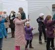 Finał akcji ?Namalujmy dzieciom lepszą przyszłość? z udziałem Natalii Kukulskiej, ambasadorki SOS Wiosek Dziecięcych, podopiecznych Stowarzyszenia i warszawskiej młodzieży