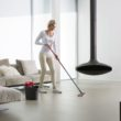 Jak utrzymać czystość podłóg jesienią?